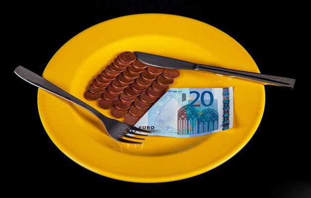 TYRIMAS: Pietums lietuviai išleidžia 5 eurus ar mažiau