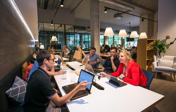 Rise Vilnius išrinktas geriausia startuolių bendradarbystės vieta Lietuvoje