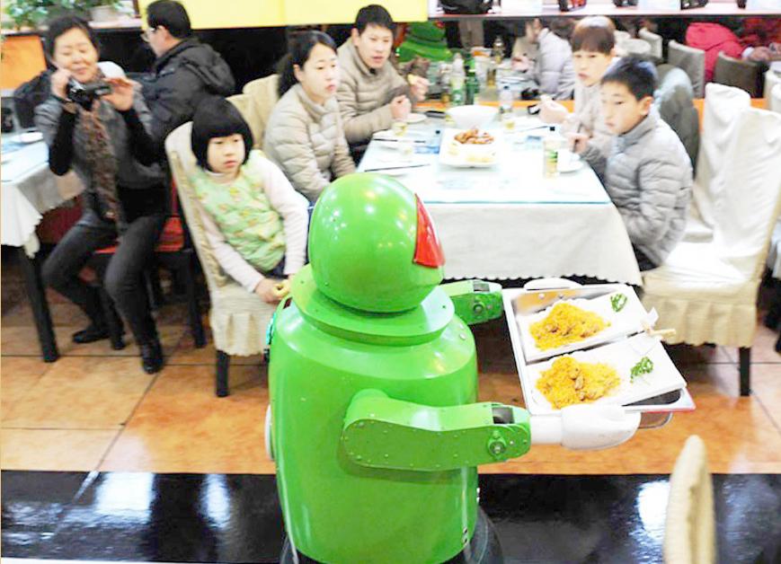 TOP5 robotai, kurie tikrai neužkariaus pasaulio