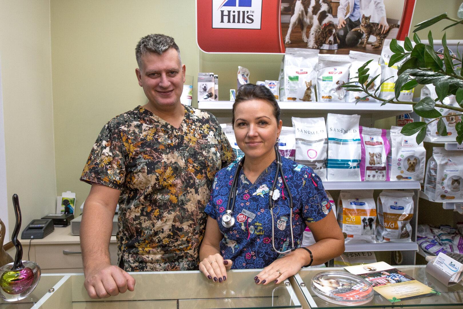 Įkurtoje veterinarijos klinikoje teko padirbėti ir su žmonių požiūriu