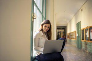 bzn start savaitė: studentų pergalė ir išdalinta parama verslui