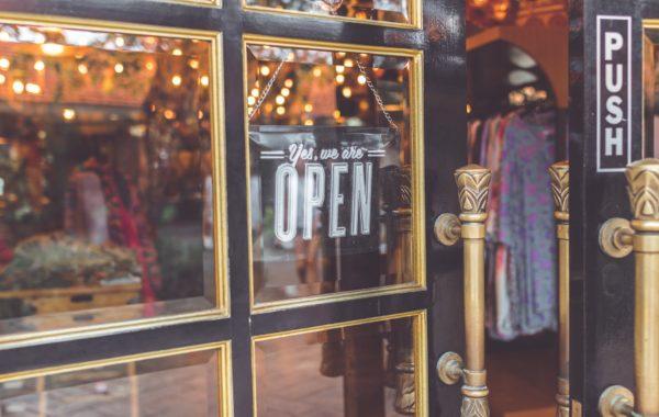 Dalis verslo atvers duris jau nuo šiandien