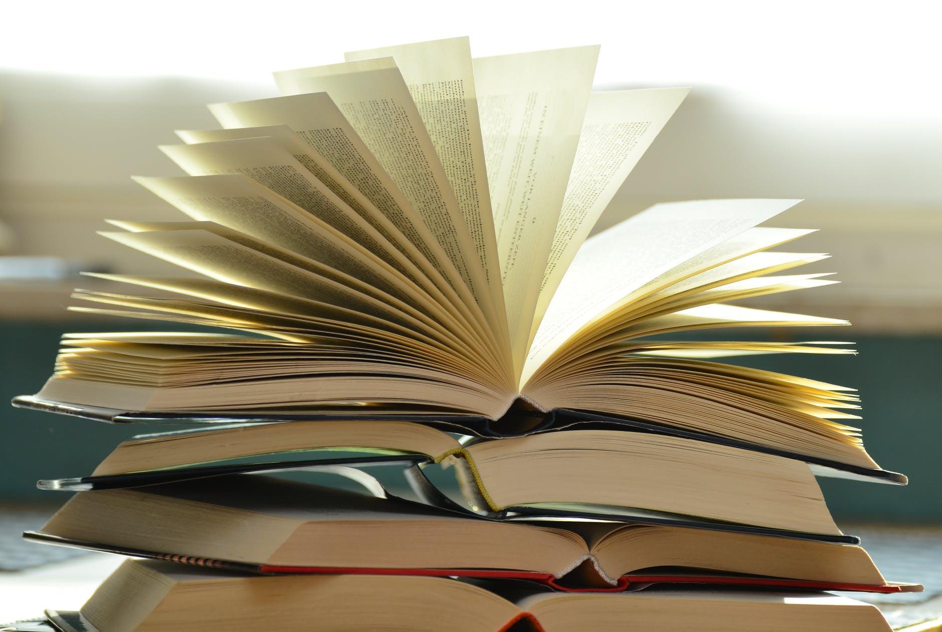 Knygos, kurios padės augti 2021-aisiais